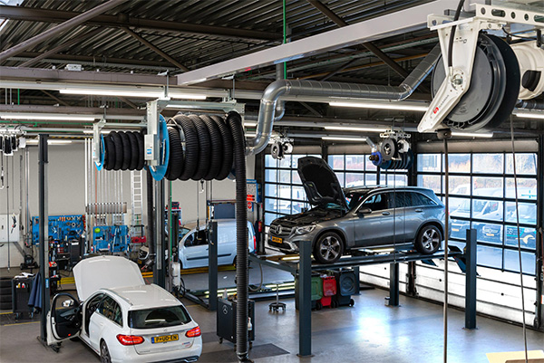 Autolift in garage inrichting